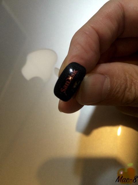 USBメモリ01